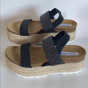 NWOB Steve Madden circa wedge sandals size 9